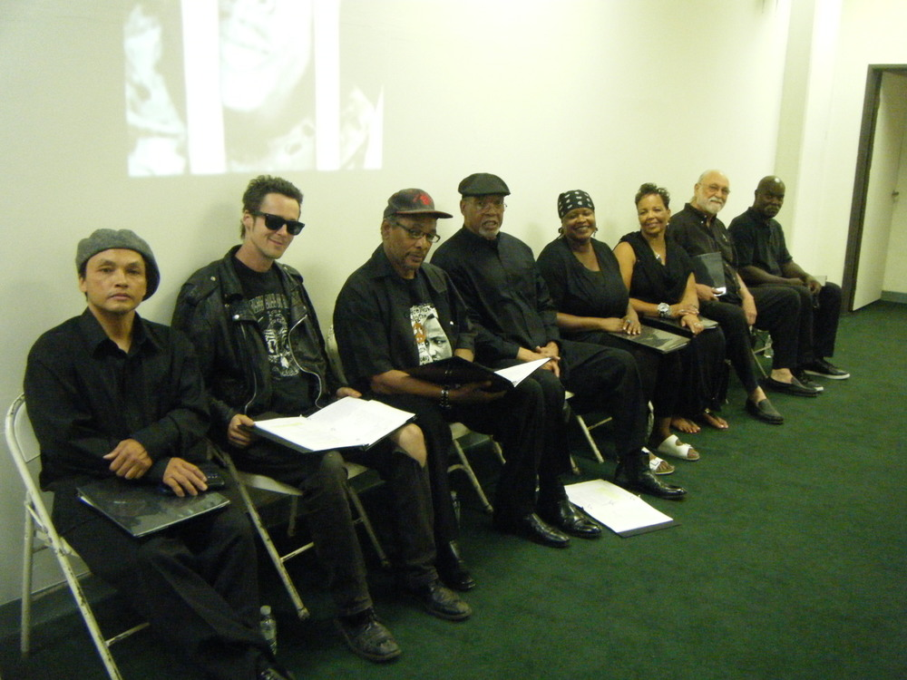 The cast of If the SHU Fits at a recent reading. Photo by Bobby Buck. (Via ifthushufits.net)