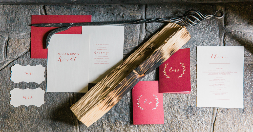 Sarah Laree Designs || Custom Wedding Stationery Made Simple