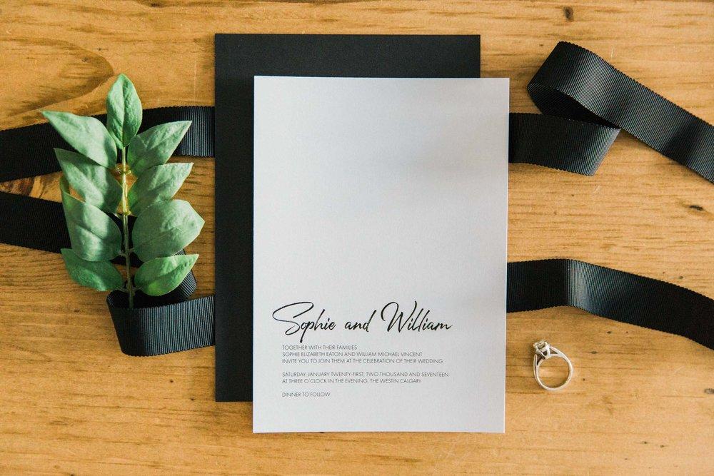 Sarah Laree Designs || Custom Wedding Stationary Made Simple