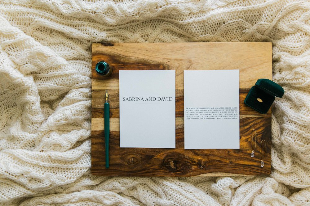 Sarah Laree Designs || Custom Wedding Stationary Made Simple