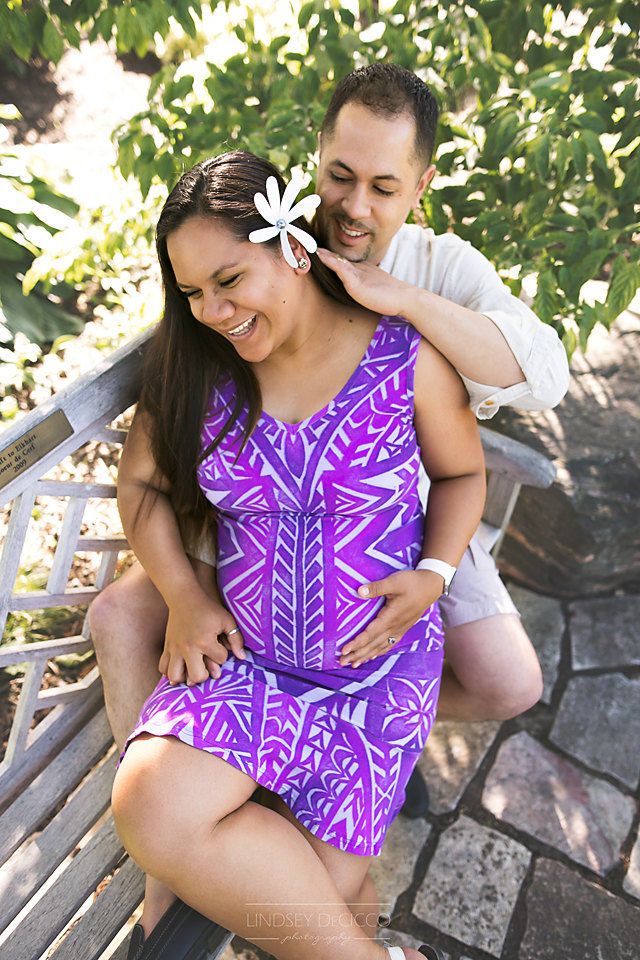 maternity pictures candid