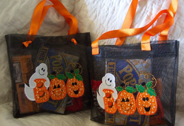 Boo applique for halloween u candy apple quilts