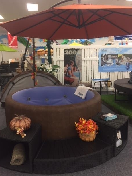 T300 Mocha/Blue with 3pc surround and spa side umbrella.