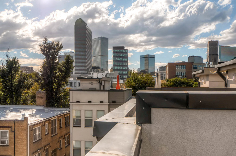 """This isn't one of those rooftop decks that stares at a blank wall! Incredible views of the Central Business District, the iconic """"Cash Register"""" Wells Fargo Building,and Downtown"""
