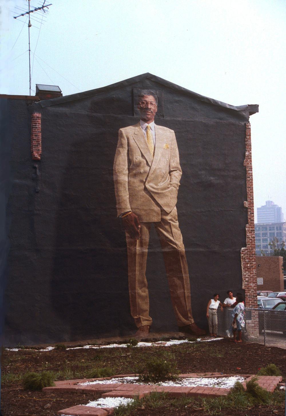 Murals kent twitchell for Dr j mural philadelphia