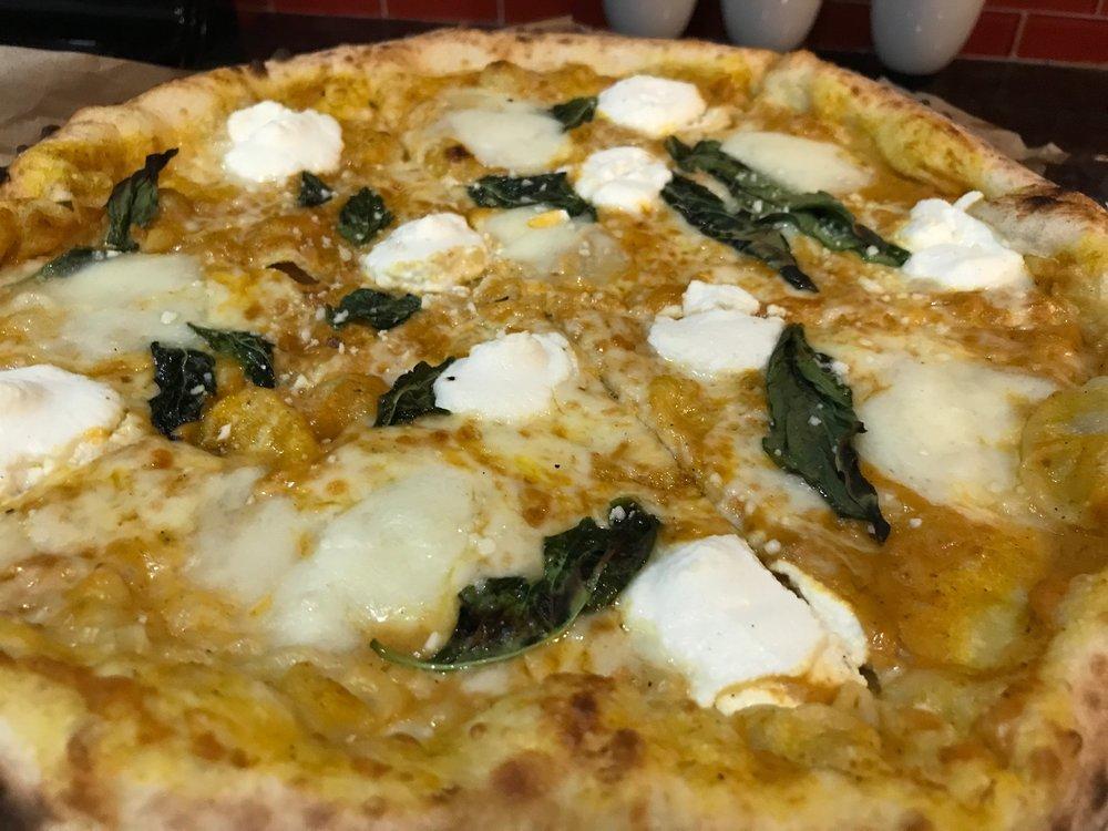 Pumpkin Pizza - Pumpkin, basil, Buffalo Mozzarella, ricotta