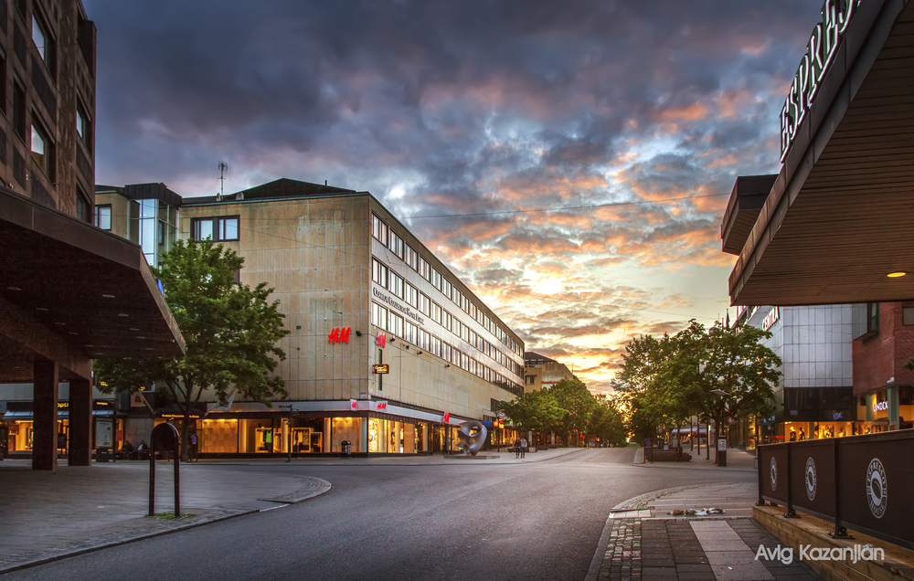 vasteras centrum H&m sweden sunset.jpg