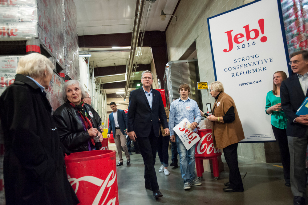 U.S. Republican presidential candidate Jeb Bush hosts a town hall at the Coca-Cola bottling plant in Atlantic, IA November 11, 2015.