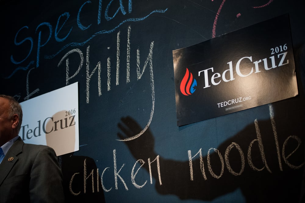 U.S. Republican presidential candidate Ted Cruz speaks at a campaign stop at Union Jacks Grill in Rock Rapids, Iowa January 6, 2016.