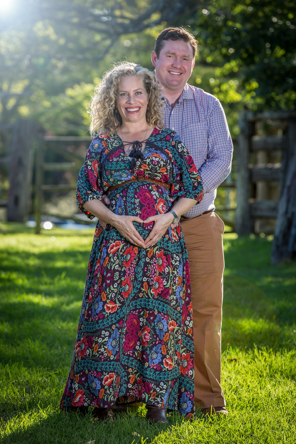 Outdoor Maternity Photo Sessions 1800 82 9994