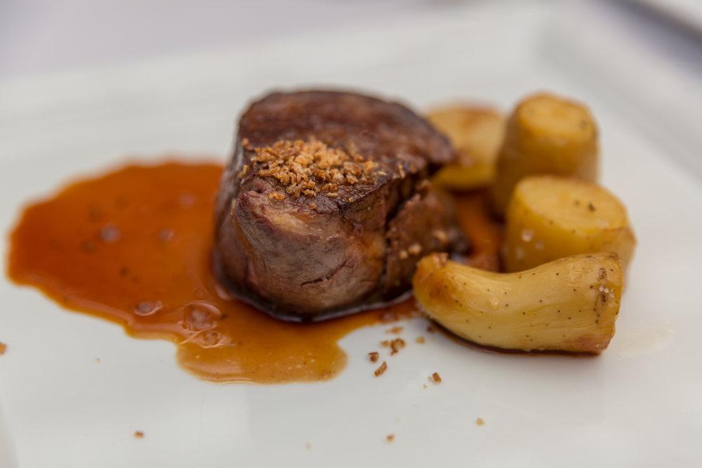 braised-beef-cheek-food-image-potatoes-creative-photography