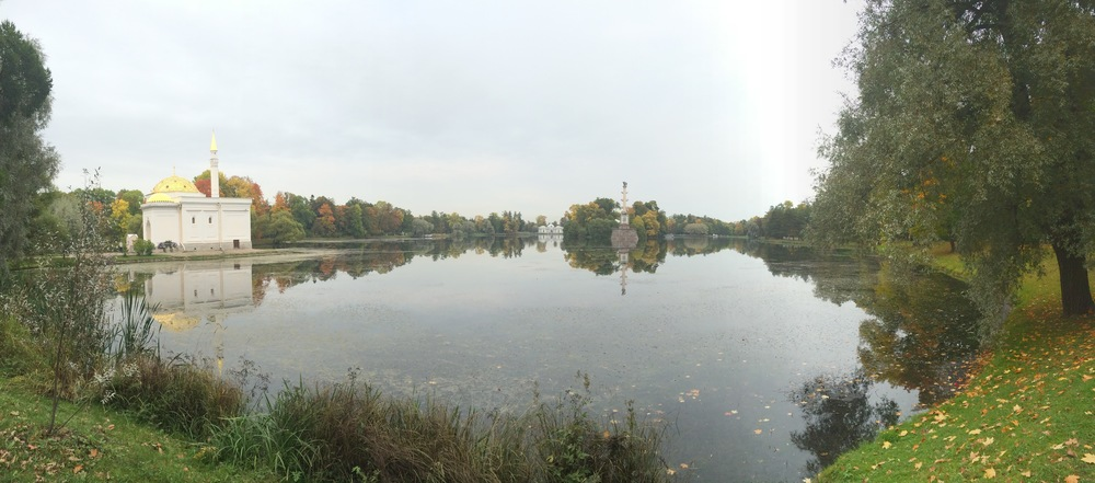 The beautiful pond in Catherine Park in Pushkin.
