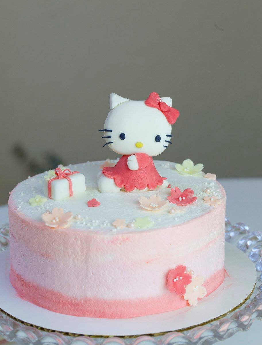 Hello Kitty Cake by Peggy's Kitchen