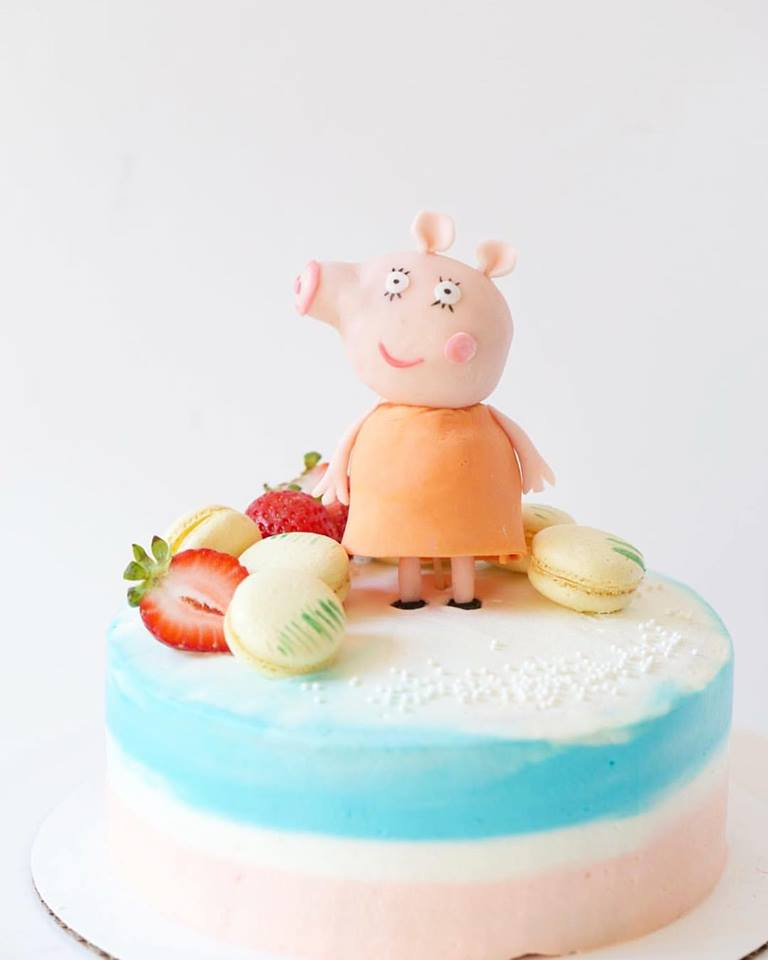 Peipei pig Cake by Peggy's Kitchen