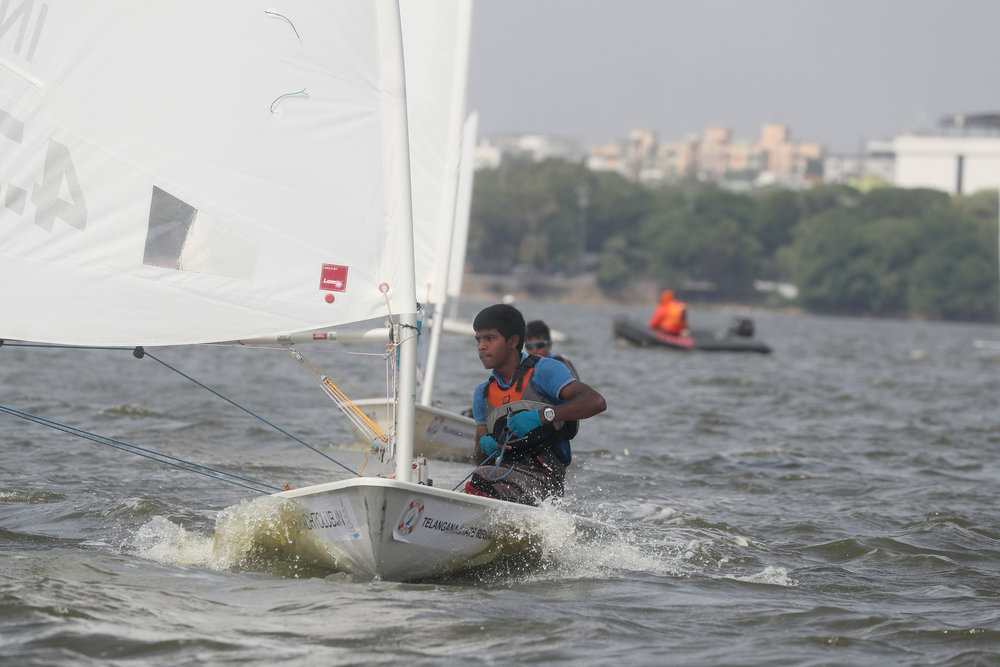 Hyderabadi Lad Gautham Kanklatla heads for the 2017 Sailing Nationals as the top seed from Telangana in the Laser Juniors.jpg