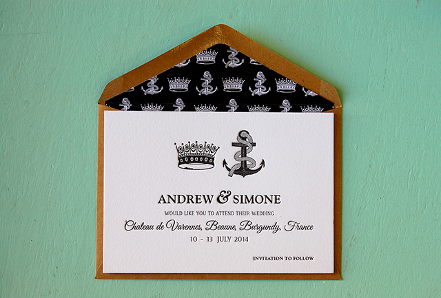 A gorgeous save the date card. Photo:  Little Peach Co.