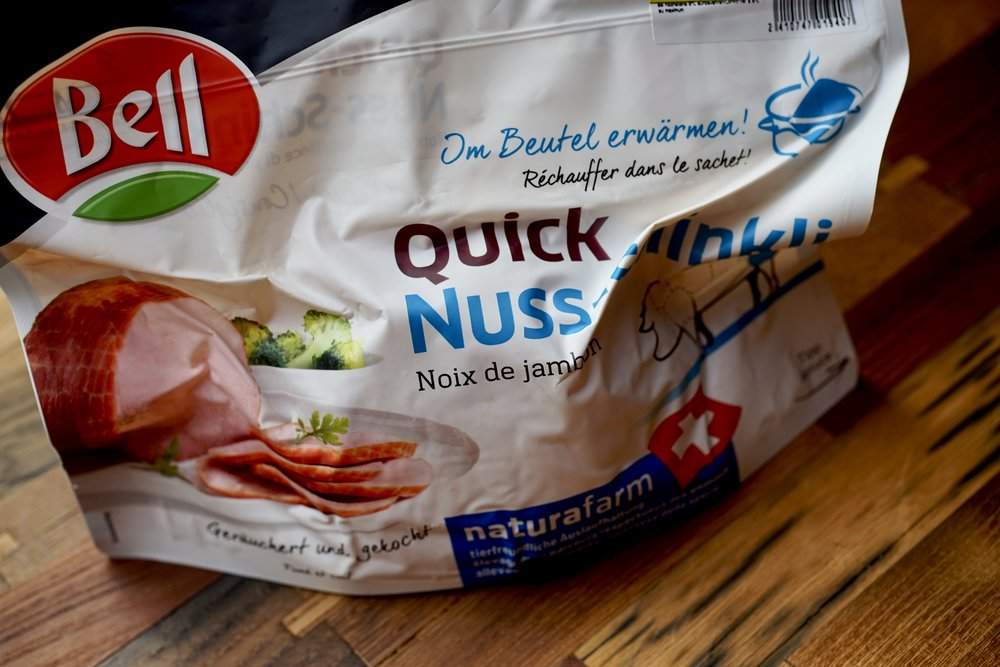 My sister-in-law brought us a bunch of quick Nuss Schinklis when they were on sale—it's a good thing to keep in the fridge for a Sunday dinner. Merci Fränzi!
