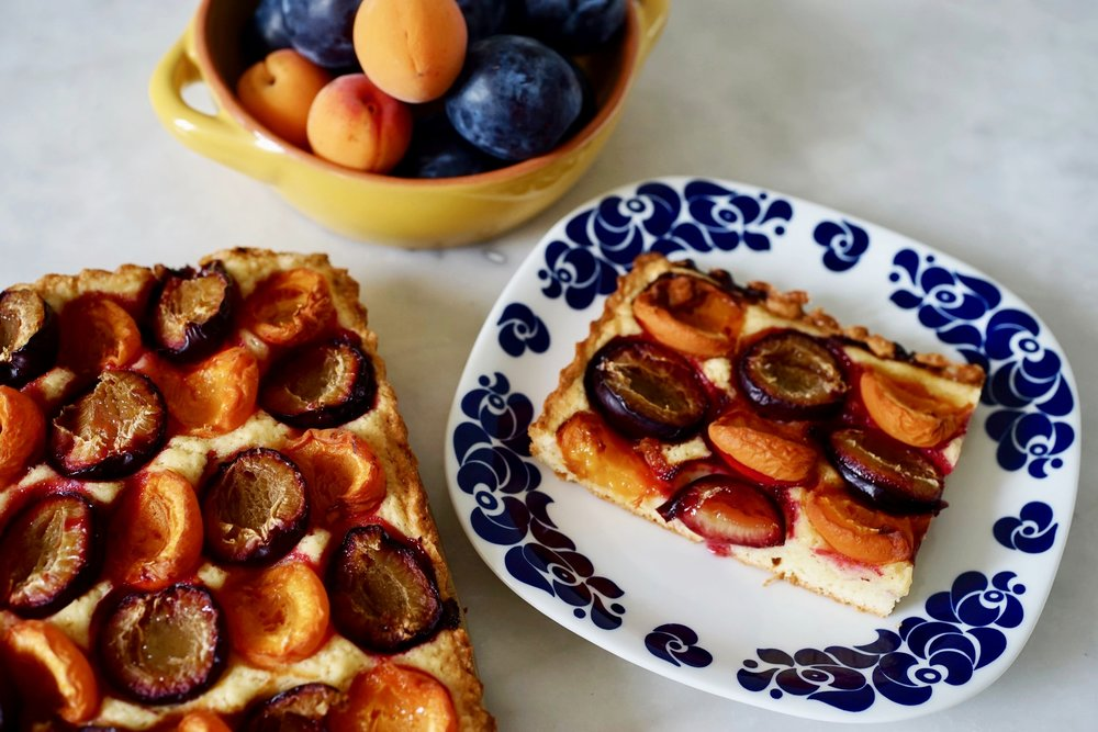 Do you also have plums? - Plumpricot Cake