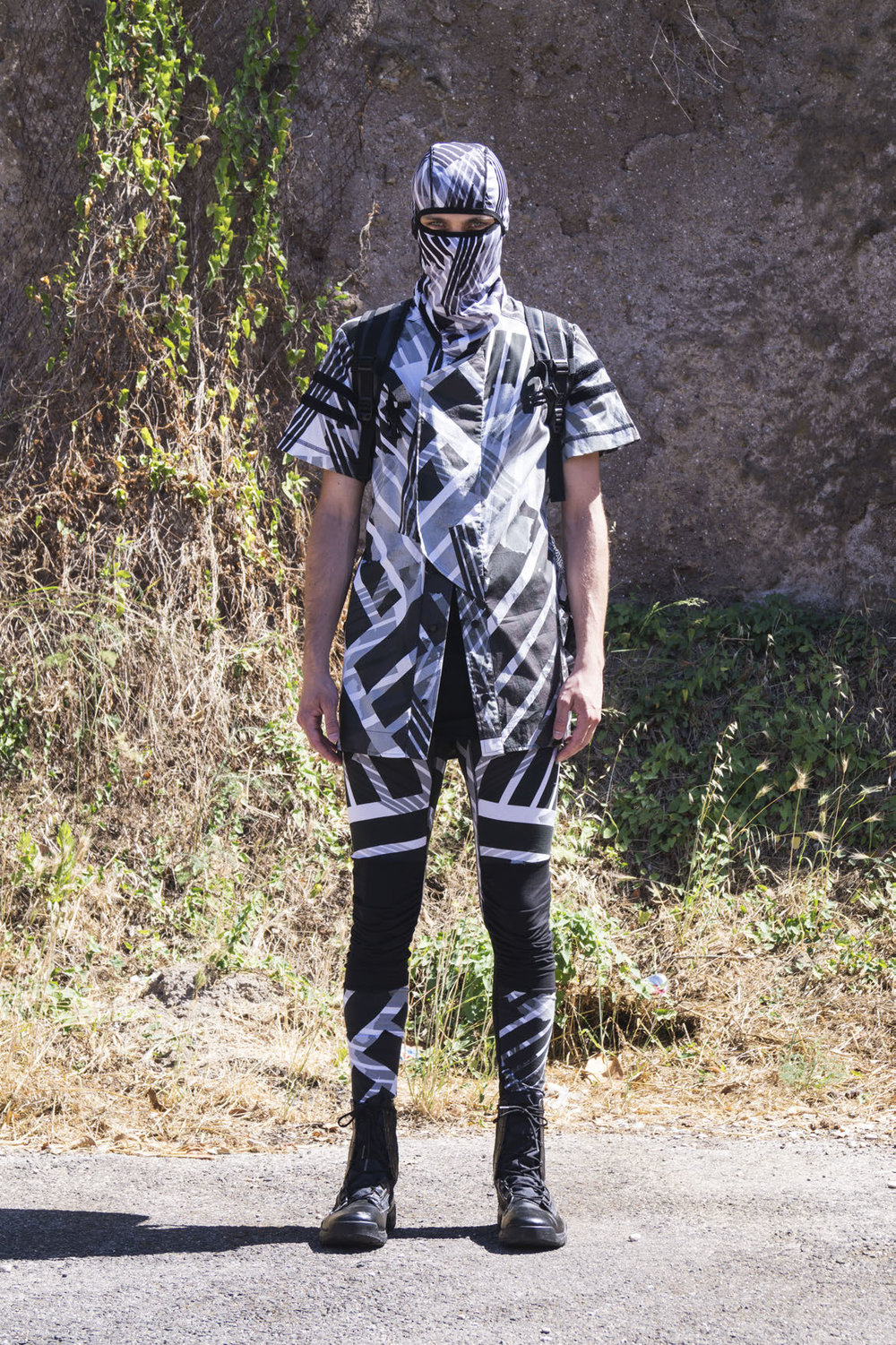 GALLSS18_UNBORNSURVIVAL_LOOKBOOK_MANRED (3)_Page_08.jpg