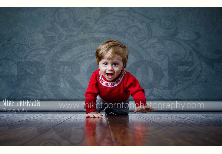 Crawling baby photography