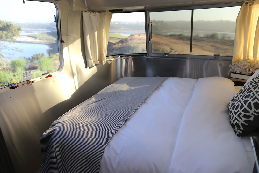 airstream-rental-international-signature-23ft-bedroom-view.jpg