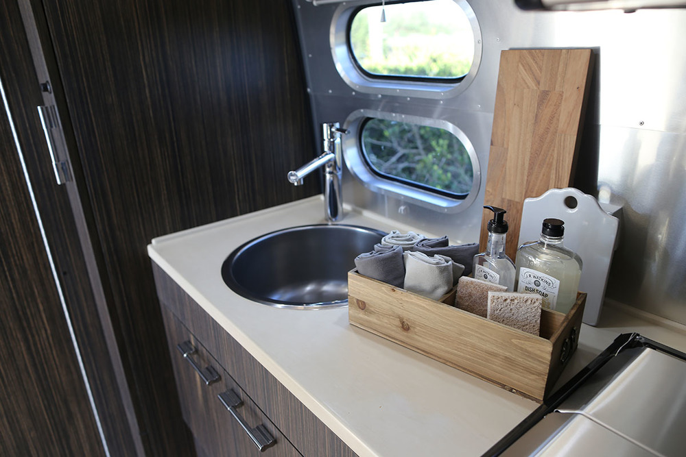 airstream-rental-international-signature-23ft-sink.jpg