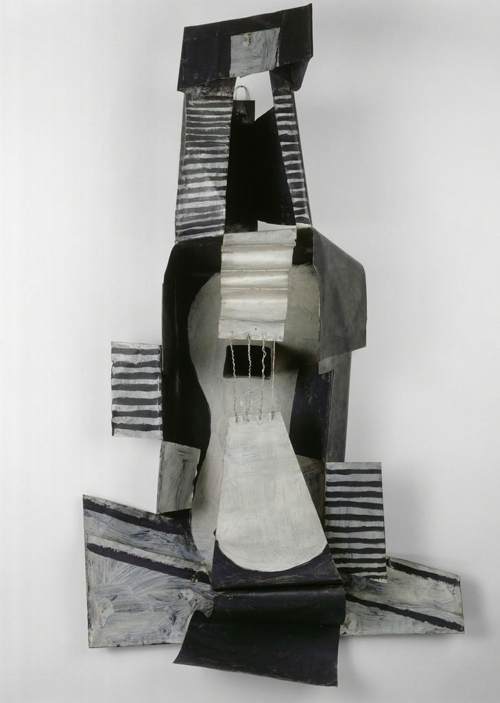 Pablo Picasso - Guitar, 1924.jpg