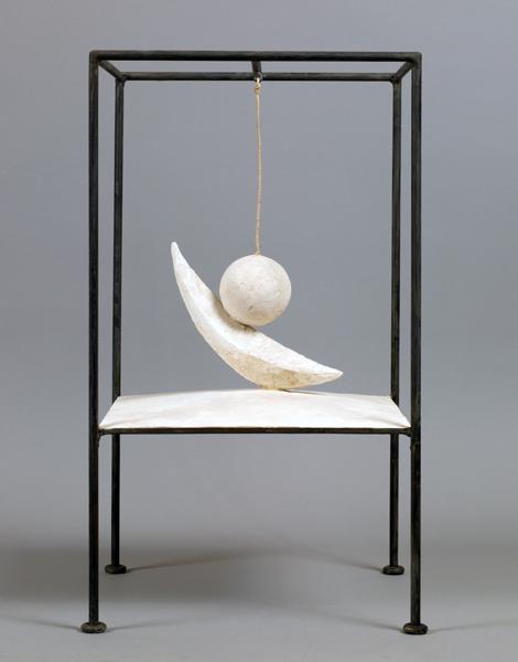 Alberto Giacometti - Suspended Ball, 1931.jpg