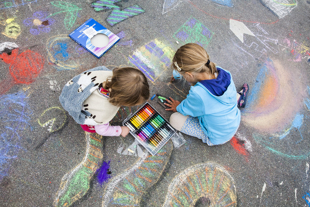 Copenhagen carfree chalk painting day