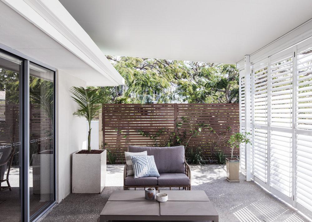 jefflevingston-exterior-patio.jpg