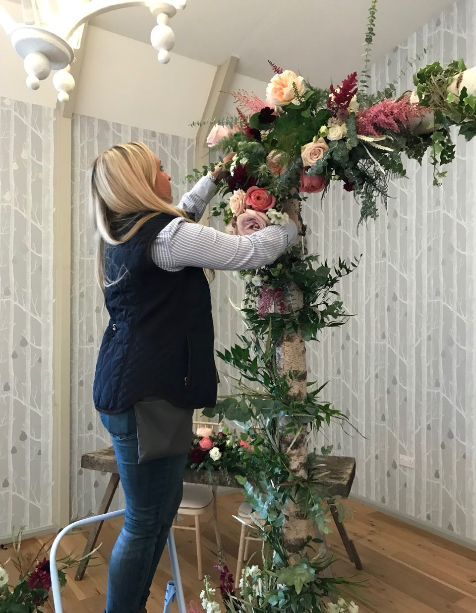 Wedding+Florist+Floral+Arch