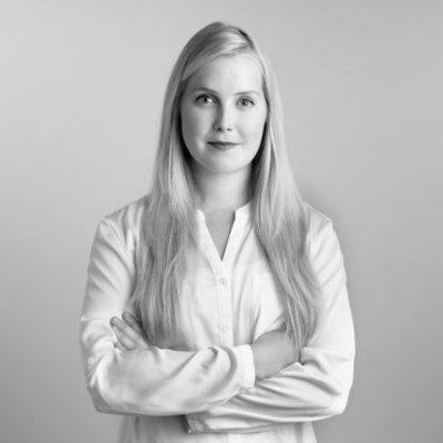 Alina Engel - Hooves
