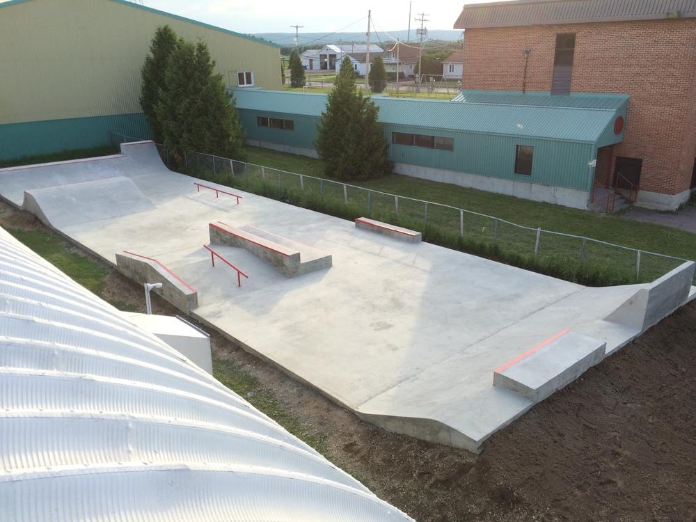 skatepark beton ciment skateboard construction fabriquant.JPG