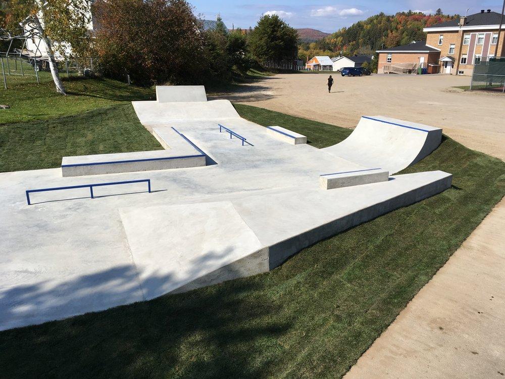 construction skatepark montreal quebec parcs.JPG
