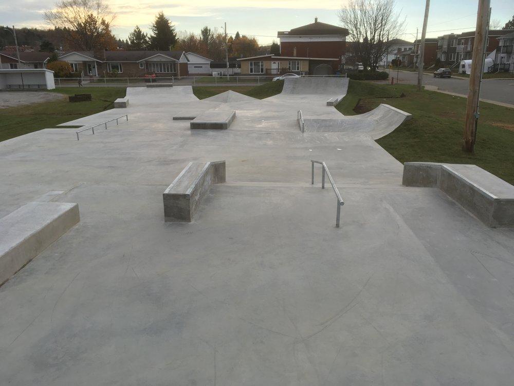 parc skate - skateparc shawinigan conception construction québec.JPG