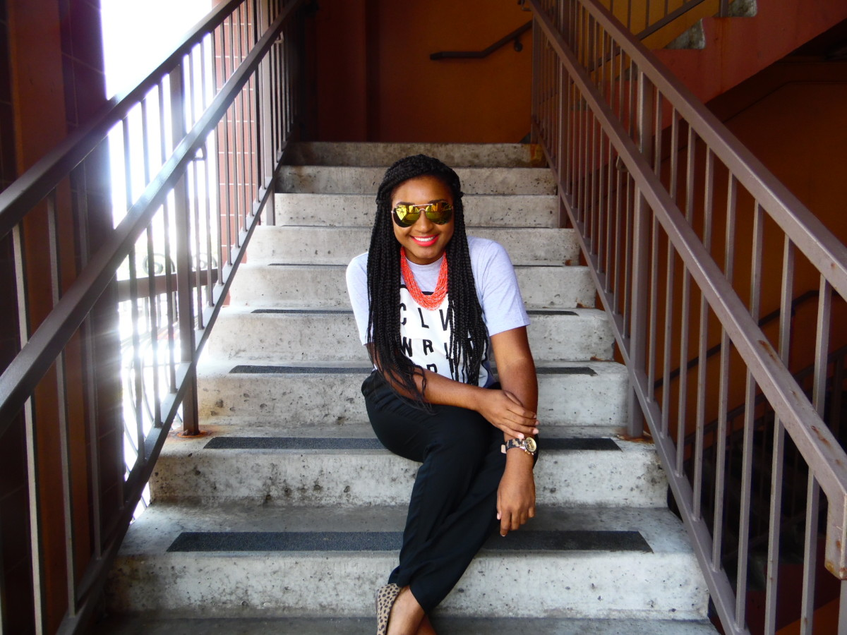 How to wear a t-shirt to work with trousers for summer 2015 by jasminediane.com