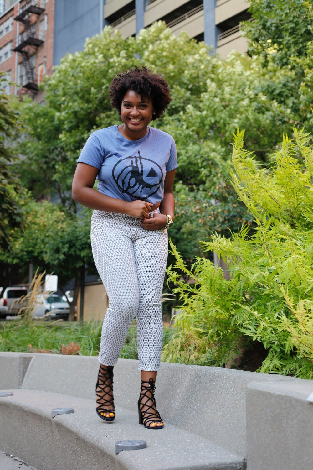 White Printed Trousers + Black Strappy Heels by jasmine cooper of jasminediane.com. Black bloggers in Kansas City. Fashion.