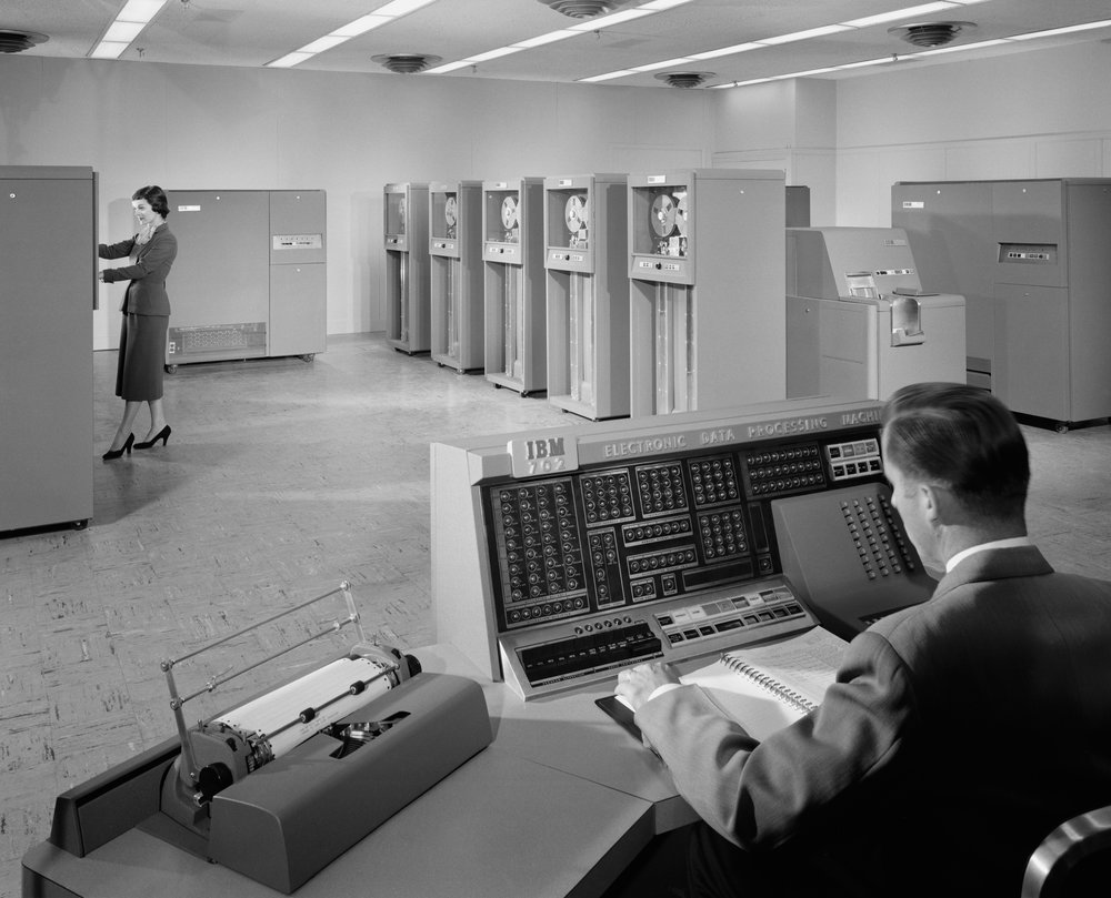 IBM 702 Machine, 1955 © Ezra Stoller/Esto