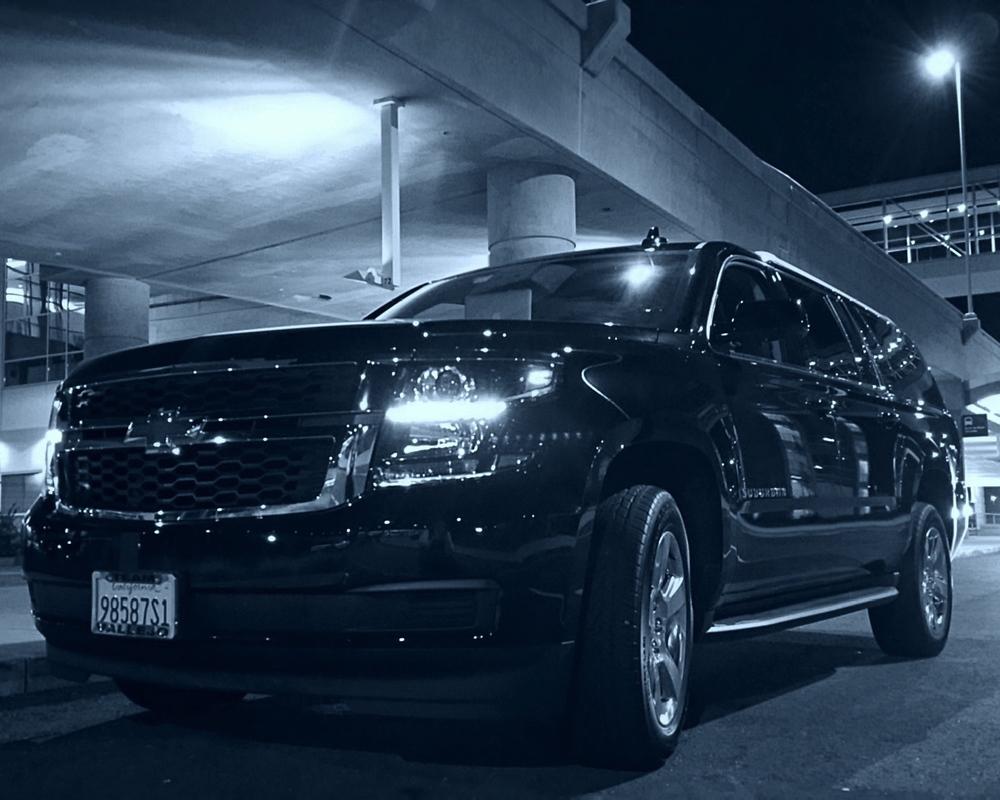 Black SUV Limousine Service