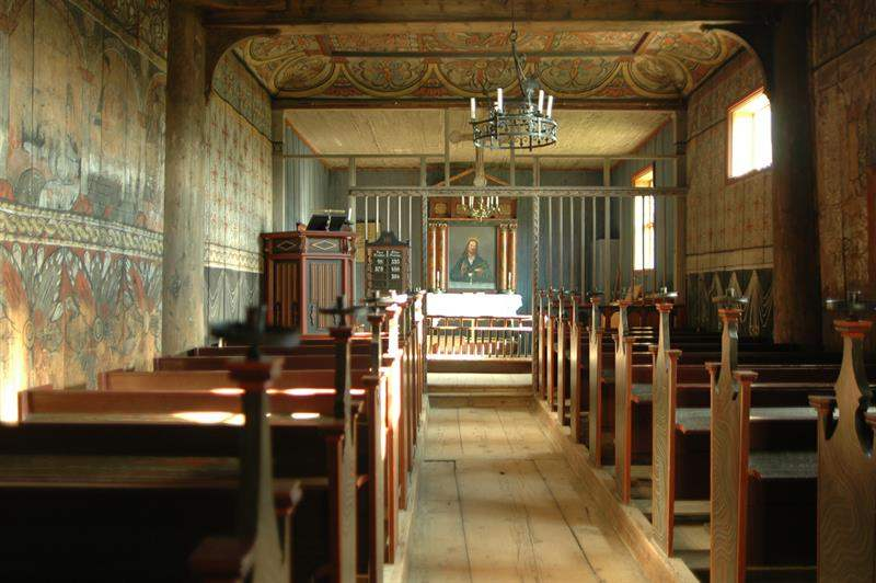 eidsborg stave church interior.jpg