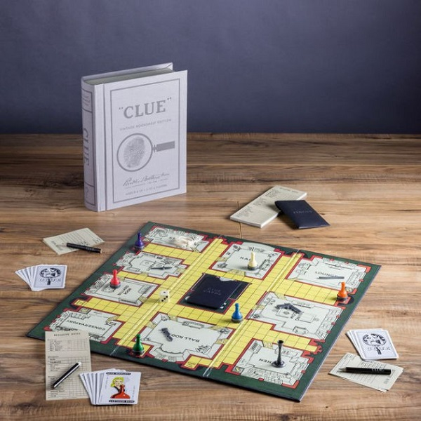 Holiday_Clue Board Game 2.jpg
