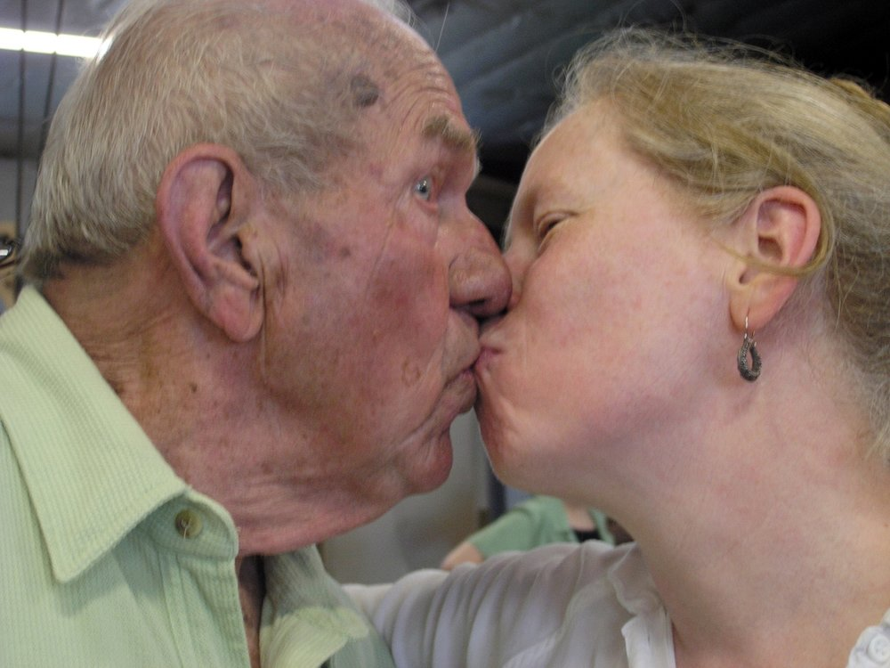 Utica 2007 - kissing.jpg