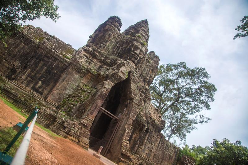 Cambodia Siem Reap Angkor Wat Bayon Temple-Jordan Lloyd 2013-IMG00106 Lg RGB.jpg