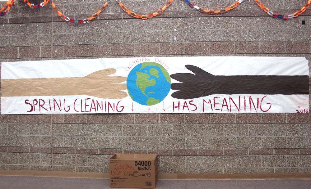A poster decorating the main hallway encourages students to donate.
