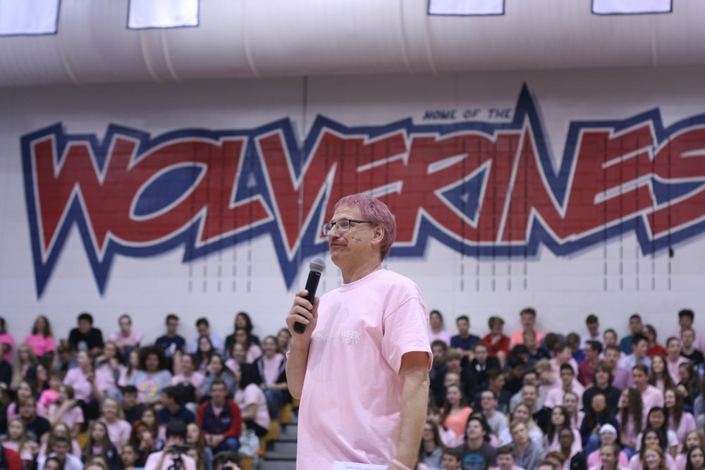 Mr. Larson speaking at closing assembly