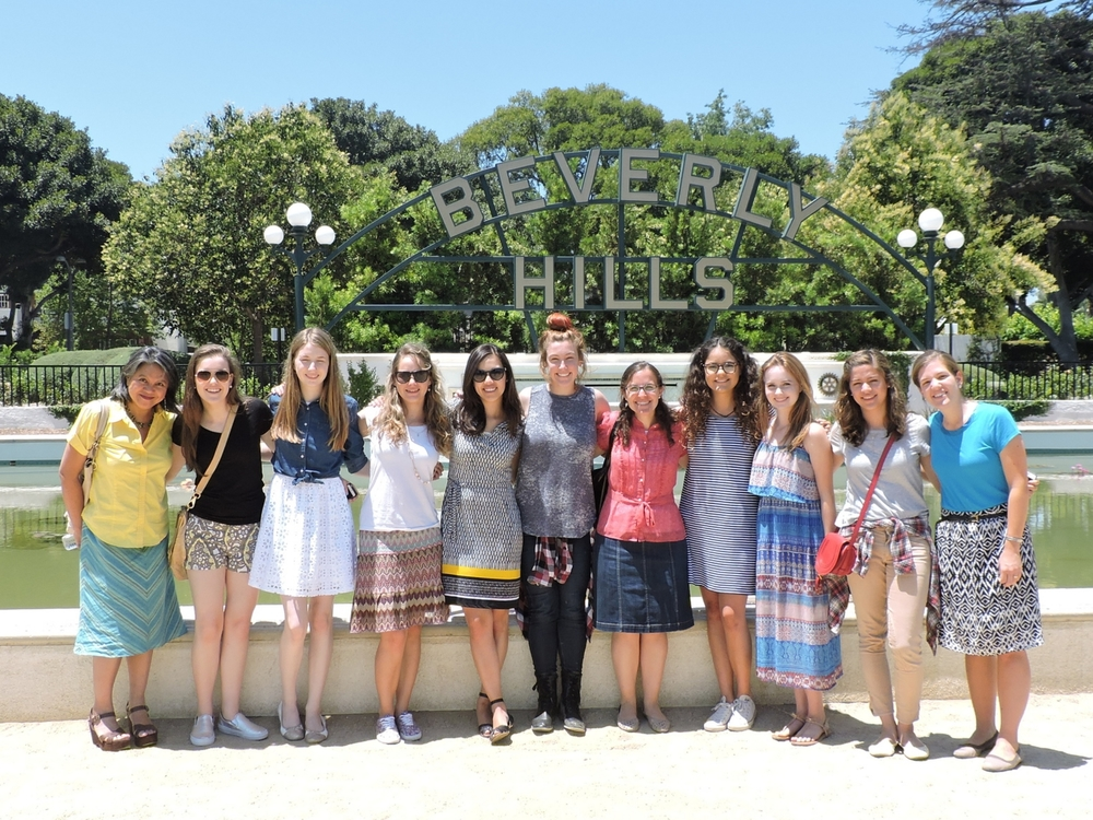 LCA students picnic in Beverly Hills