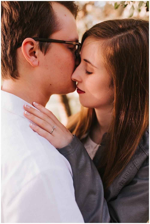 nebraska_cabin_engagement_session_wedding_photographer_adventure_0040.jpg