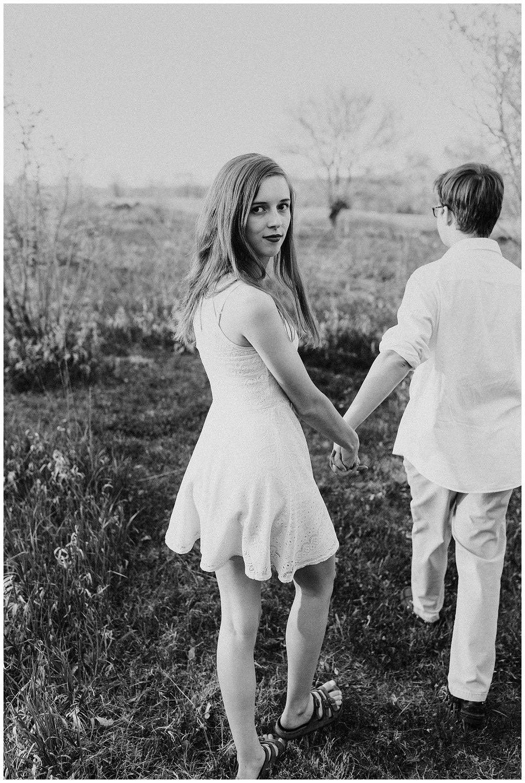 nebraska_cabin_engagement_session_wedding_photographer_adventure_0056.jpg