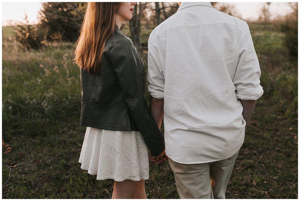 nebraska_cabin_engagement_session_wedding_photographer_adventure_0066.jpg