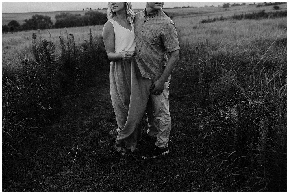 golden_hour_engagement_session_haley_chicoine_traveling_weddingphotographer_adventurouslovestories_love_engagement_nebraska_0055.jpg